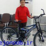 دانش آموز معلول دهدشتی به آرزوی خود رسید